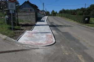 Chodník v obci Radimovice III – 3. etapa