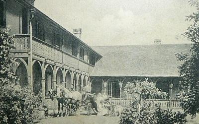 Historická fotografie domu č. 5